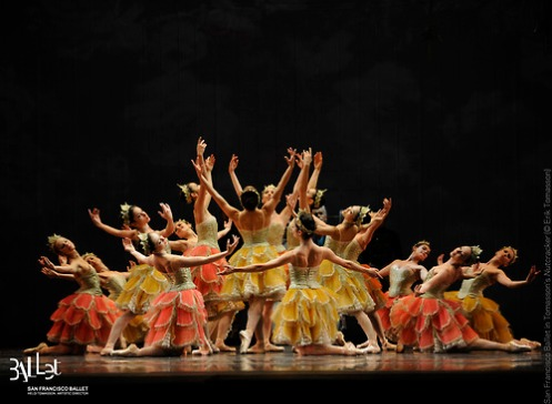 San Francisco Ballet in Tomasson's Nutcracker(© Erik Tomasson)