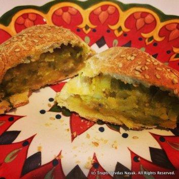 Bangalore-Iyengar-Bakery-Style-Potato-Bun